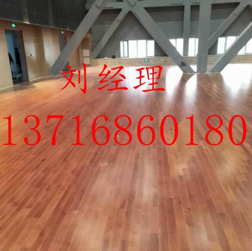 篮球场木地板厂家 室内运动木地板 室内篮球木地板 欧氏木地板