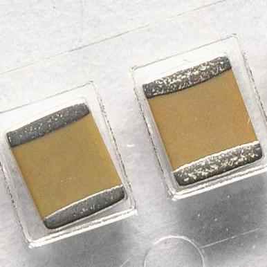 负离子发生器低内阻高压贴片电容
