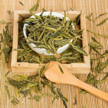 供应 新款雨前二级龙井茶200克传统纸包特产绿茶茶叶炒青