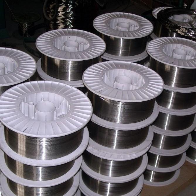 堆焊管状YD818耐磨药芯焊丝
