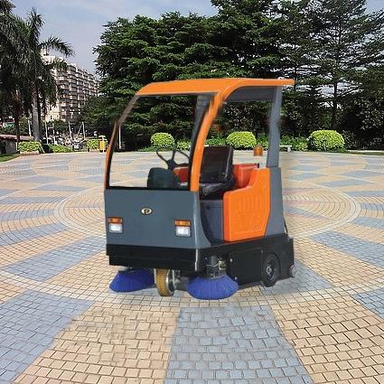 陕西宝鸡普森电动驾驶式扫地车道路清扫车PS-J1450BP中小型电动扫地机环卫保洁车