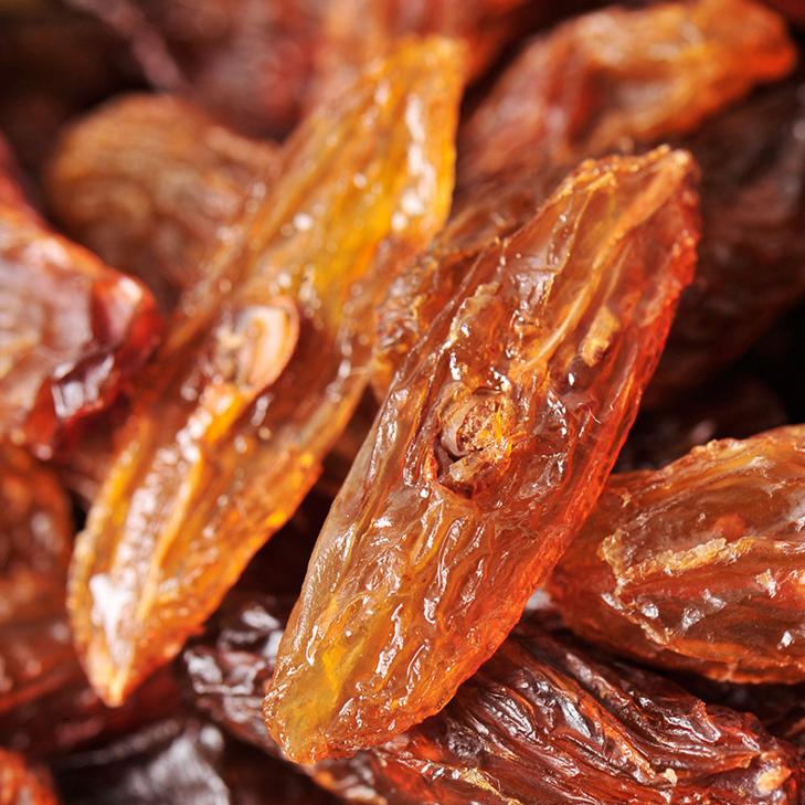 供应新疆特产吐鲁番大粒带籽红马奶葡萄干整箱散装批发10kg干果零食
