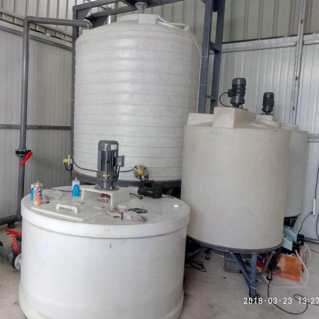 重庆塑料水箱储罐特价出售
