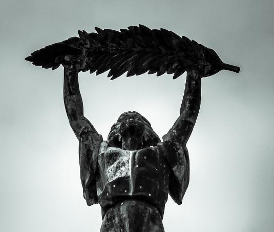 要如何保护保养铜雕呢?铜雕网