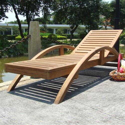 厂家直销海南三亚实木沙滩椅 户外躺床