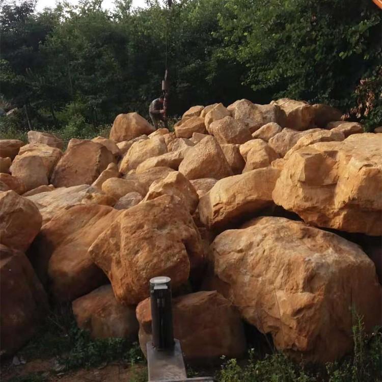山东黄蜡石厂家 厂家发货黄蜡石 泰安吨位黄蜡石价格 泰安假山石厂家