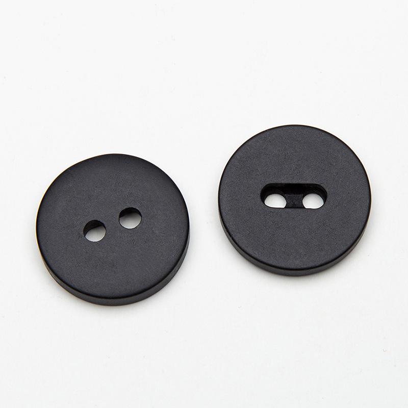供应 黑白大衣纽扣两眼钮扣